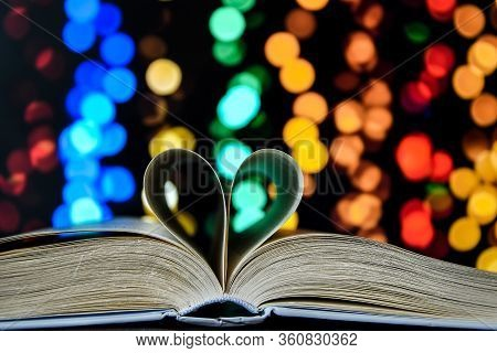 Book With Love Symbol Isolated On Bokeh Background, Love Books, Love To Read, Love Stories, Heart Sh