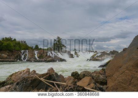 Khone Phapheng Falls The Famous Waterfall In  Don Khong, Champasak / Laos.