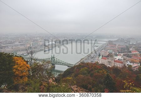 Budapest, Hungary - Nov 6, 2019: Hungarian Capital Cityscape With Danube River And Liberty Bridge. T