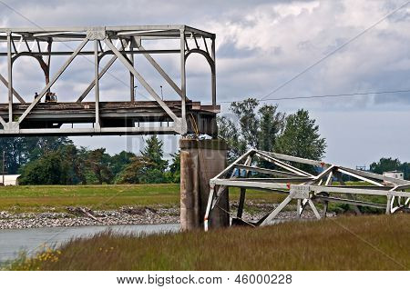 Skagit County, Wa - May 23 - Skagit County I5 Bridge Collapse