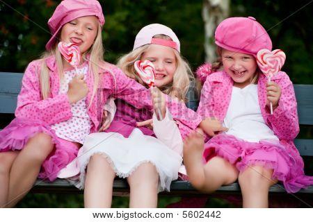 3 Playfull Sisters