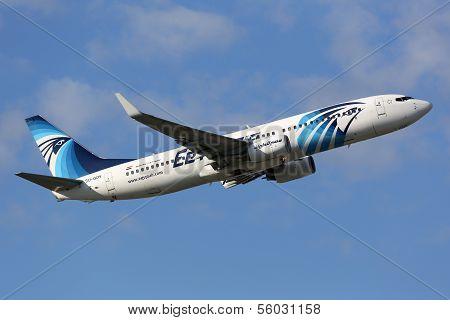 Egyptair Boeing 737-800