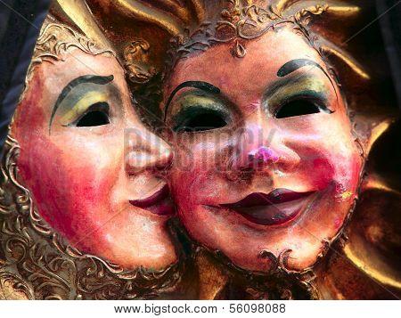 Mask Couple