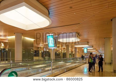 Mumbai, India - December25, 2014: Tourist Shopping At Duty Free Zone In Chhatrapati Shivaji Internat