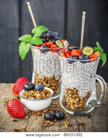 Strawberry and chia seeds pudding