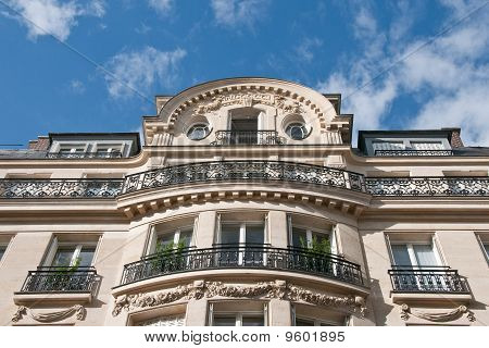 Grandeur of Parisian Apartments