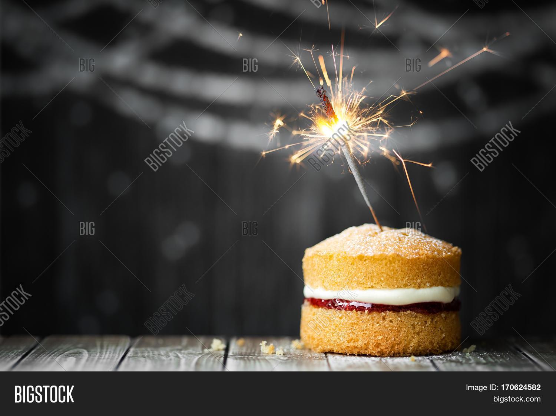 Mini Birthday Cake With Celebration Sparkler