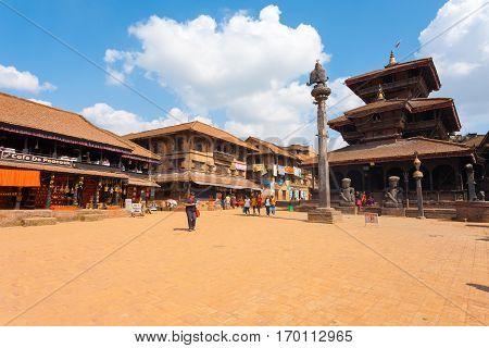 Bhaktapur Dattatreya Square Temple H