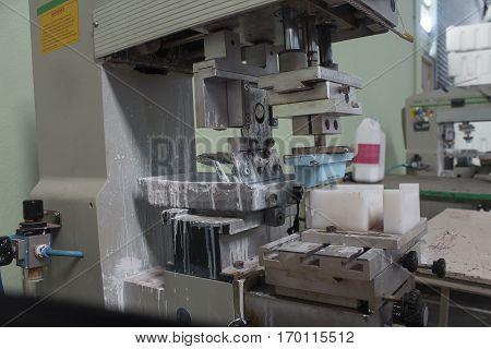 pad printing.screen printing machine process, black, equipment,