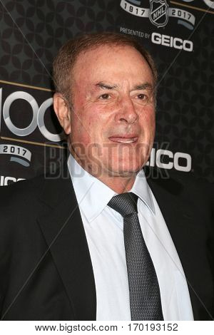 LOS ANGELES - JAN 27:  Al Michaels at the NHL 100 Gala at Microsoft Theater on January 27, 2017 in Los Angeles, CA