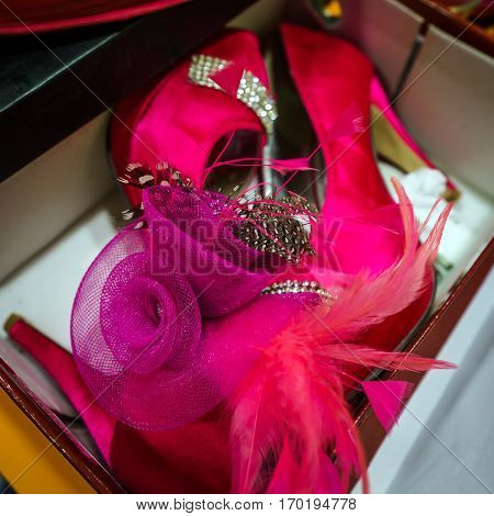 Artist Accessories All In Pink Color