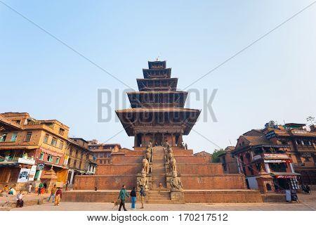 Bhaktapur Taumadhi Sq Nyatapola Pagoda Centered H