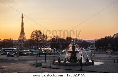 Concorde Square and the Eiffel Tower at sunset in Paris, France