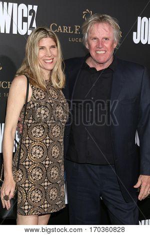 LOS ANGELES - JAN 30:  Steffanie Sampson, Gary Busey at the