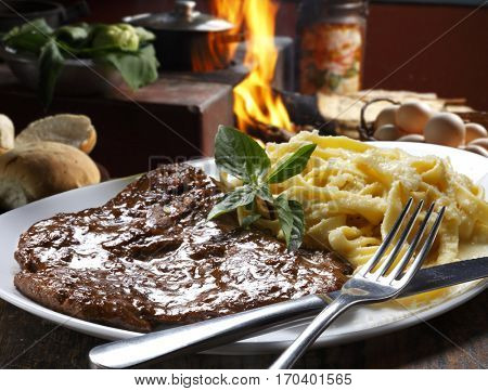 roast beef with pasta