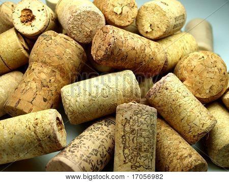 Vine corks