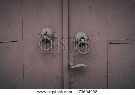 A simple and classic door knob design photo taken in Bogor Indonesia java