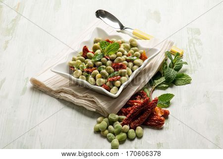 broad beans salad with dried tomatoes and mint