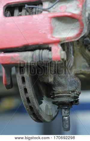 repair of a car front suspension