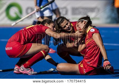 VALENCIA, SPAIN - FEBRUARY 5: (r) Julia Pons injured during Hockey World League Round 2 match between Spain and Czech Republic at Betero Stadium on February 5, 2017 in Valencia, Spain