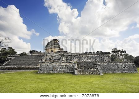 el caracol Chichen Itza in the yucatan was a Maya city and one of the greatest religious center and remains today one of the most visited archaeological site