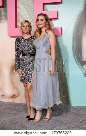 LOS ANGELES - FEB 7:  Reese Witherspoon, Kathryn Newton at the