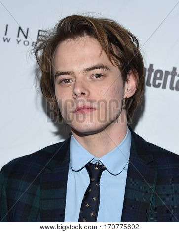LOS ANGELES - JAN 28:  Charlie Heaton arrives to the Entertainment Weekly Pre Sag Awards Celebration on January 28, 2017 in Hollywood, CA