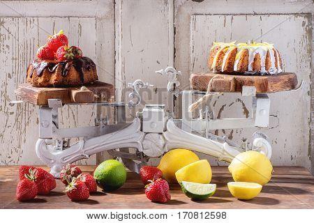 Chocolate And Lemon Cakes