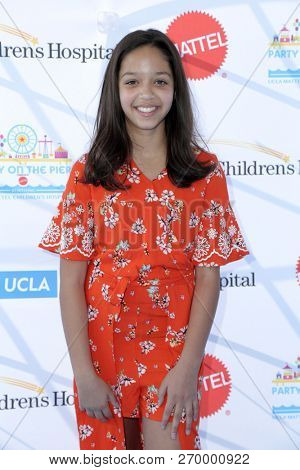 LOS ANGELES - NOV 18:  Ruth Righi at the UCLA Childrens Hospital