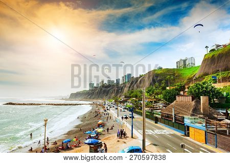Lima, Peru - April, 2, 2017: Beautiful Coast Of Pacific Ocean In Miraflores District In Lima, Peru
