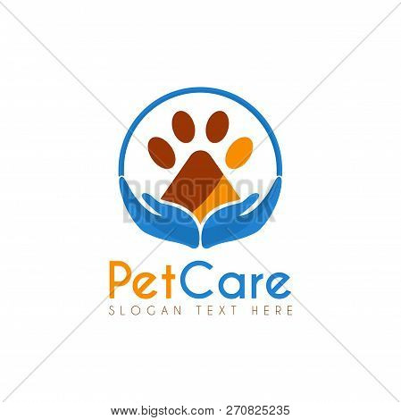 Vector Pet Care Circle Logo Design Template. Its Good Design Combination Hands Up, Circle And Paw Pe