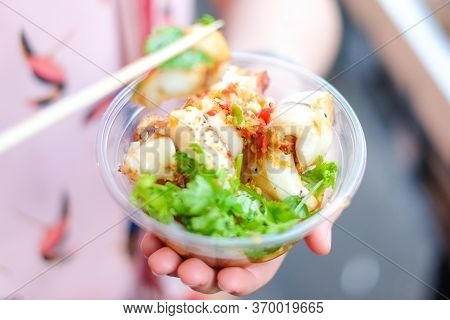 Grilled (burning) For Squid In Clear Bowl With Coriander And Seafood Sauce - Street Food At Yaowarat