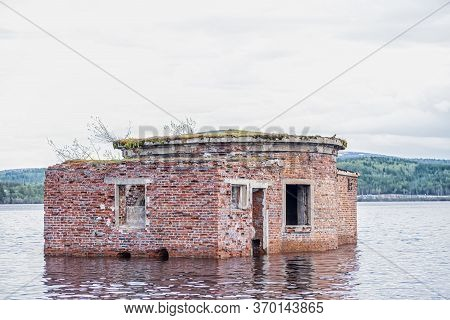 Abandoned Brick Building Flood Underwater, Old Brick Wall, Red, Spots Texture