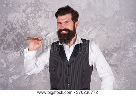 Bearded Man Hold Vintage Razor. Shaving With Straight Razor. Brutal Hairstylist In Barbershop. Beard