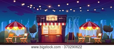 Street Cafe With Coffee And Snacks At Night. Vector Cartoon Cityscape With Outdoor Cafeteria With Um