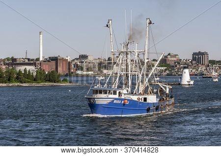 New Bedford, Massachusetts, Usa - June 8, 2020: Commercial Fishing Boat Maria Noelle Going Fishing O
