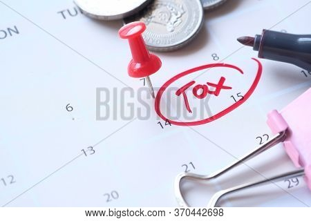 The Usa Tax Due Date Marked On The Calendar