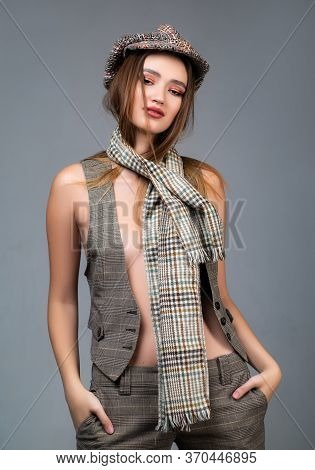 Beauty Stylish Brunette Woman Posing In Fashionable Clothes In Studio. Fashion Model Girl Wearing Mo