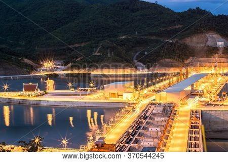 Xayaburi Dam, Hydroelectric Dam On The Mekong River In Northern Laos