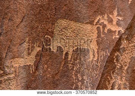 Petroglyphs At Newspaper Rock, In Canyonlands National Park, Utah.