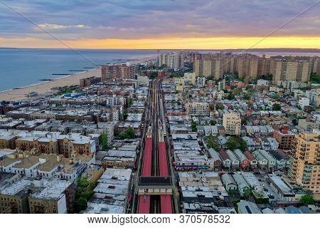 Brooklyn, Ny - May 30, 2020: Subway Tracks Along Southern Brooklyn, Serving Coney Island, Brighton B