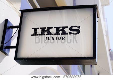 Bordeaux , Aquitaine / France - 05 05 2020 : Ikks Junior Logo Sign On Store Fashion Retailer For Jun