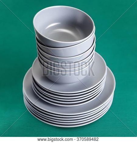 Dinner Set Of Plates And Bowls, Ceramic Kitchen Utensils Coated With Matte Gray Glaze. Dinnerware On