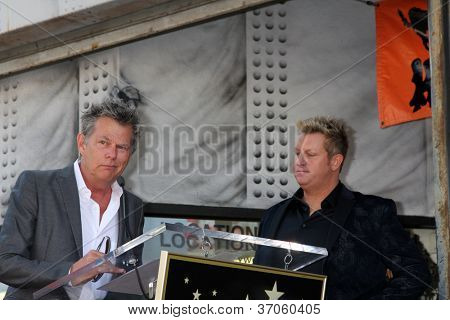 LOS ANGELES - SEP 17:  David Foster, Gary LeVox at the Hollywood Walk of Fame Star Ceremony for Rascal Flatts at Hollywood Boulevard on September 17, 2012 in Los Angeles, CA