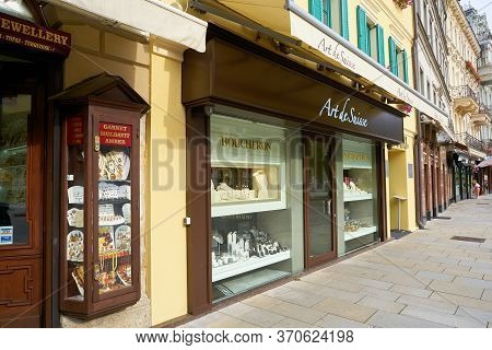 Karlovy Vary, Czech Republic - October 01, 2018: Expensive Shops For Tourists In The Old Town Of Kar