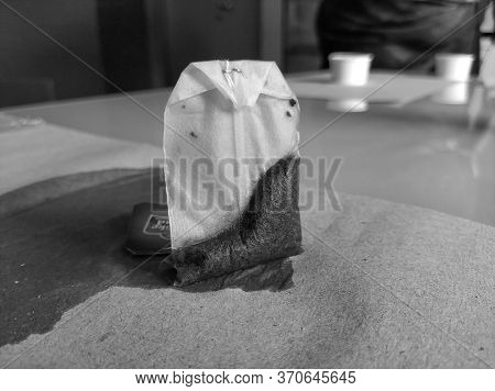 Bangalore, Karnataka/india-mar 06 2020: Black And White Photograph Of Used Taj Mahal Brooke Bond Tea