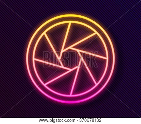 Glowing Neon Line Camera Shutter Icon Isolated On Black Background. Vector