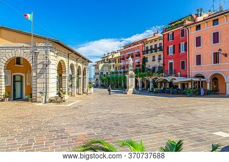 Desenzano Del Garda, Italy, September 11, 2019: Vintage Antique Market Place And Angela Merici Monum
