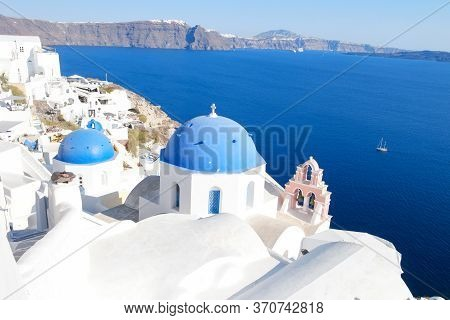 Santorini Oia Greece Europe, Sunset At The White Village Of Oia Santorini With Old Blue And White Gr
