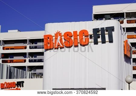 Bordeaux , Aquitaine / France - 11 13 2019 : Basic-fit Logo Fitness Club Sign Basic Fit Gym Center